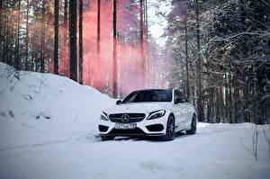Фотографии Mercedes-Benz Белый Снег c450 c63 amg Машины