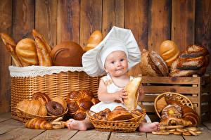 Фотография Выпечка Хлеб Булочки Младенцы В шапке Повара Дети Еда