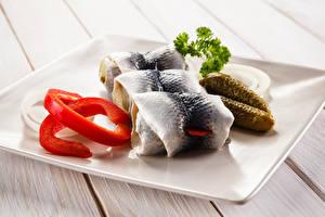 Картинки Морепродукты Рыба Огурцы Rollmops