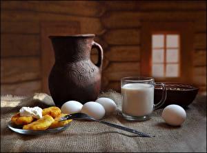 Картинка Натюрморт Молоко Блины Завтрак Кувшин Чашка Яйца Вилка столовая Еда