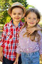 Фотография 2 Девочки Мальчики Улыбка Ребёнок