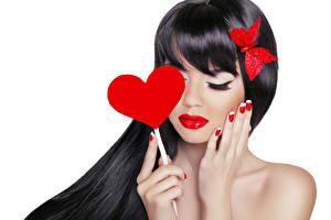 Фотографии День святого Валентина Бабочки Губы Белый фон Шатенка Сердце Руки Девушки