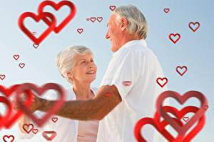 Фото День святого Валентина Мужчины Любовь Двое Сердце Улыбка Старуха Старый мужчина