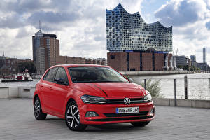 Фотографии Volkswagen Красные 2017-18 Polo Beats Worldwide Автомобили