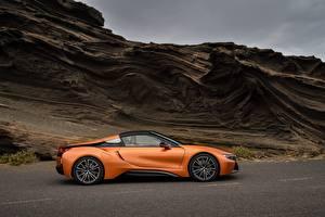 Картинки BMW Оранжевый Сбоку Родстер 2018 i8 Автомобили