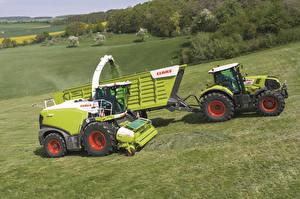 Фото Поля Сельскохозяйственная техника Трактор Claas Jaguar 960, Claas Axion 830