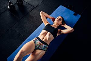 Обои Фитнес Физические упражнения Живот Девушки Спорт