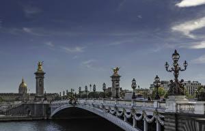 Обои Франция Мосты Скульптуры Небо Париж Уличные фонари Дизайн Pont Alexandre III Города