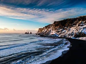 Фото Исландия Берег Волны Зима Скала Снег Myrdalshreppur Природа