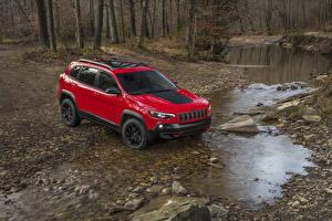 Фотография Джип Красных Металлик 2019 Cherokee Trailhawk Автомобили