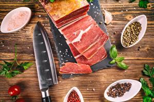Фотография Ножик Специи Мясные продукты Сало Еда