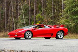 Фотография Ламборгини Ретро Красный Металлик 1990-93 Diablo Автомобили