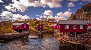 Фотографии Норвегия Лофотенские острова Здания Пристань Лодки Reine Города