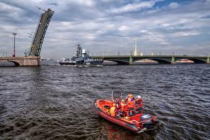 Фото Россия Санкт-Петербург Речка Мосты Корабли Природа