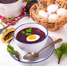 Обои Супы Борщ Тарелка Яйца Корзина Ложка Пища