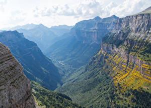 Обои Испания Горы Леса Каньон Torla Aragon Природа