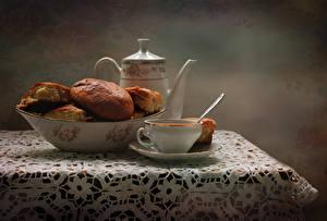 Фотография Натюрморт Выпечка Чайник Булочки Стол Чашка Пища