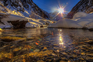Картинка Швейцария Озеро Горы Солнце Снег Goms