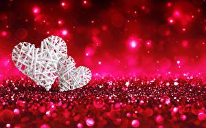 Картинки День всех влюблённых Сердечко 2 Красный фон