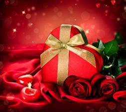 Фотография День святого Валентина Розы Свечи Красный Подарки Сердце Бантик Цветы