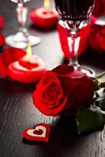 Фотографии День святого Валентина Розы Вблизи Красных Сердечко Цветы
