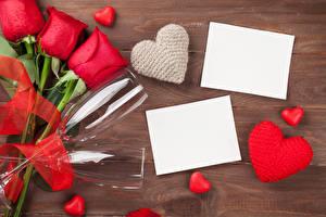 Фото День святого Валентина Розы Красный Бокалы Шаблон поздравительной открытки Сердце Лист бумаги Цветы