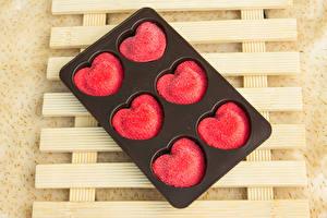 Обои День всех влюблённых Сладости Конфеты Сердечко