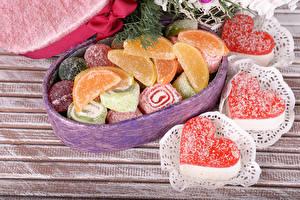 Фотографии День всех влюблённых Сладости Мармелад Сердечко Продукты питания