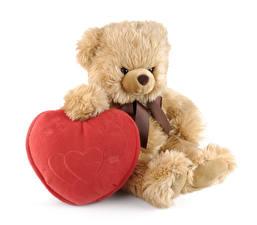 Картинки День святого Валентина Мишки Белый фон Сердце
