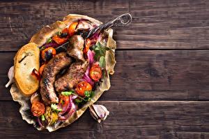 Фотографии Сосиска Овощи Хлеб Чеснок Доски Пища