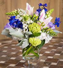Фотография Букеты Тюльпаны Гортензия Фрезия