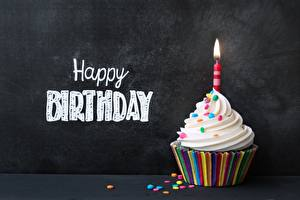 Картинка Капкейк кекс День рождения Свечи Английский Слово - Надпись Пища