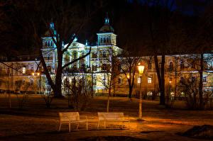 Фотография Чехия Здания Уличные фонари Скамейка Ночь Деревья Usovice Karlovy Vary Region