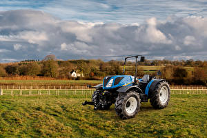 Фотографии Поля Трактор 2017 New Holland T4.100 LP
