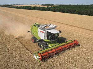 Картинка Поля Сельскохозяйственная техника Зерноуборочный комбайн 2010-17 Claas Lexion 670