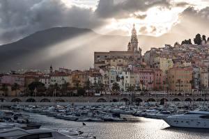 Картинка Франция Здания Катера Яхта Garavan Provence Города