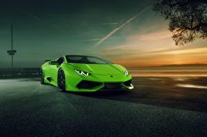 Фотографии Lamborghini Салатовый Spyder Novitec Torado Авто