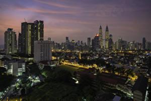 Фото Малайзия Здания Небоскребы Вечер Куала-Лумпур Крыша