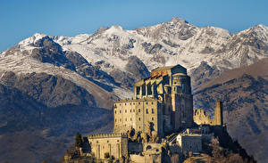 Картинки Горы Италия Храмы Монастырь Saint Michael Abbey Piedmont Города