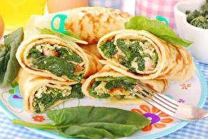 Картинки Блины Овощи Тарелка Продукты питания