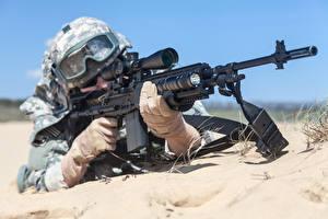 Фотография Солдаты Автоматы Армия