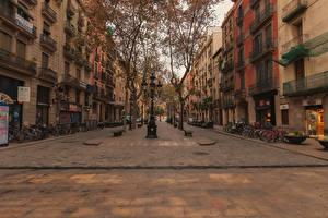Фотография Испания Здания Барселона Улице Уличные фонари Города