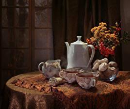 Фото Натюрморт Букеты Чайник Чай Печенье Стол Чашка Пища