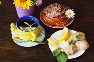 Обои Чай Лимоны Булочки Ромашки Доски Завтрак Чашка Ложка Тарелка Еда