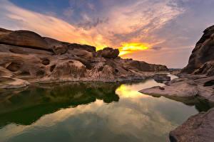 Картинка Таиланд Парк Рассветы и закаты Река Скале Sampanbok natural stone park  Ubonratchathani Природа