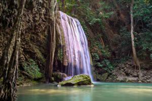 Картинки Таиланд Тропики Парки Водопады Камень Утес Мох Erawan National Park Природа