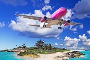 Обои Тропики Самолеты Пассажирские Самолеты Полет Облака Взлет Авиация