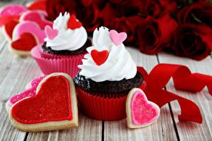 Фото День всех влюблённых Печенье Капкейк кекс Доски Дизайн