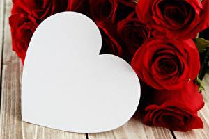 Обои День святого Валентина Розы Шаблон поздравительной открытки Красный Сердечко Цветы