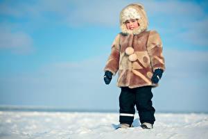 Картинки Зимние Мальчишка Шубой Шапки Дети